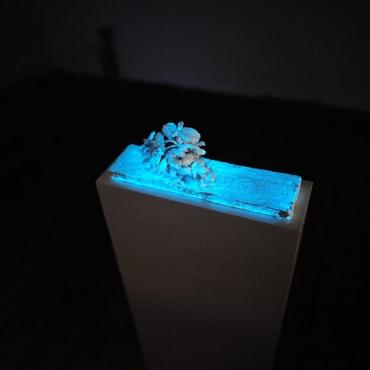 light-installation ceramic sculpture glow-in-the-dark