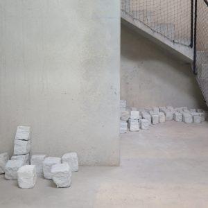 cobblestones porcelain pavement installation